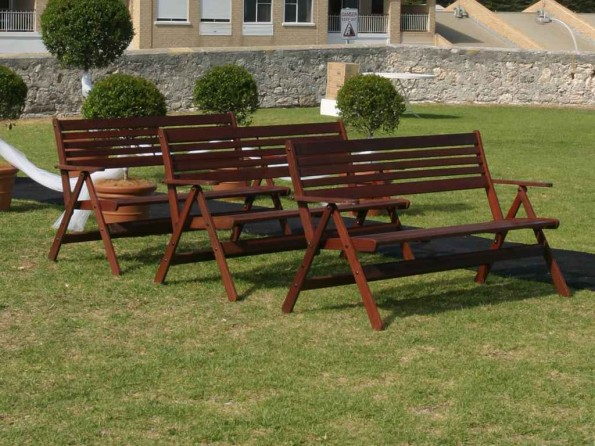 Jarrah Ceremony Bench – 1.4 metres seats 3 adults