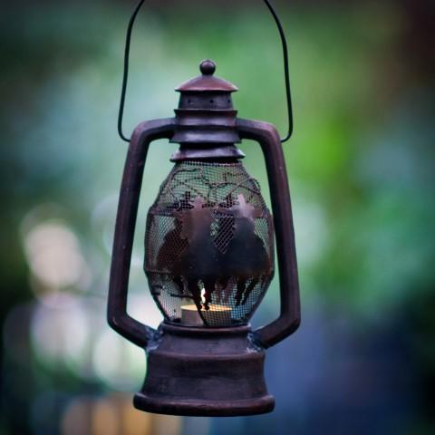Lantern – Theme